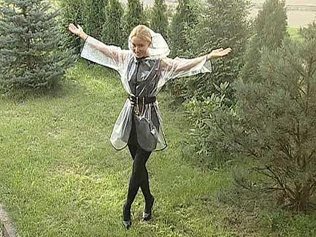 Как сшить модный дождевик